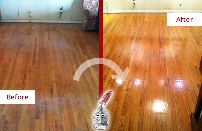 Before and After Picture of a Gladstone Wood Sandless Refinishing Service on a Stained Floor